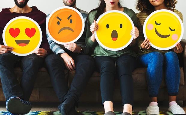 Achtung Durchsage: Emoji-NutzerInnen sind bei Dates erfolgreicher